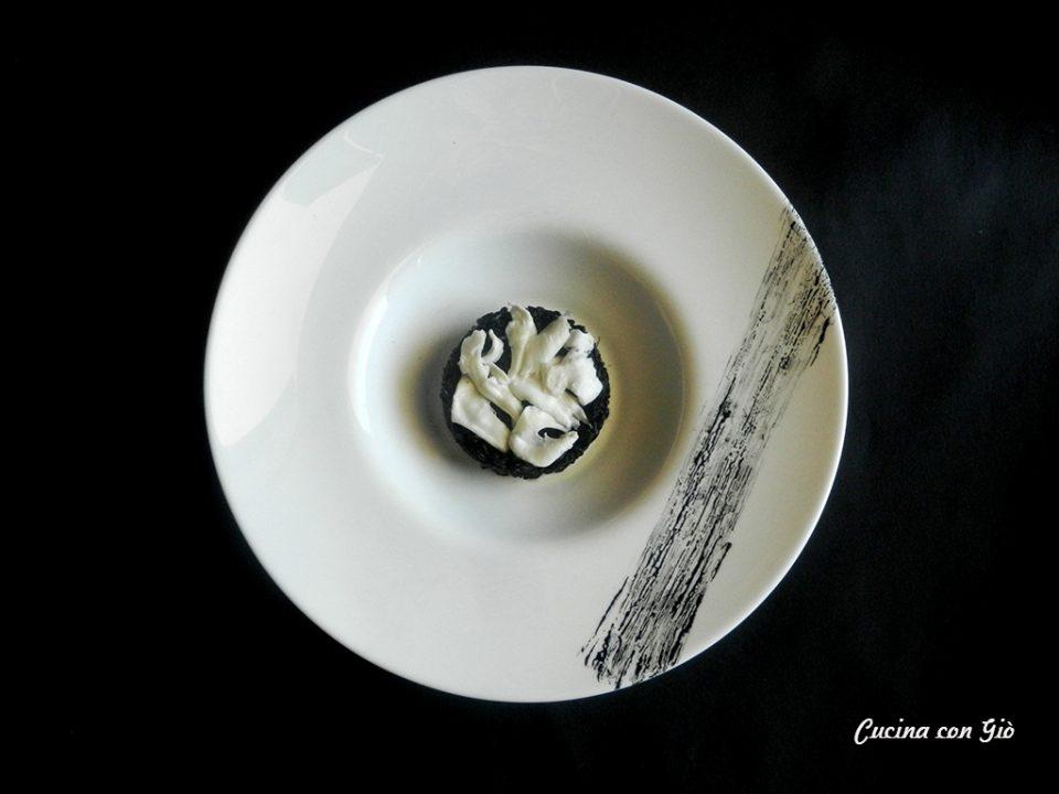 riso venere al nero di seppia con mozzarella